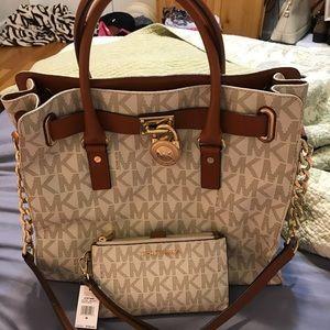 Handbags - Vanilla Hamilton Michael Kors set 92ed9f11105
